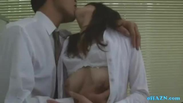 Office woman getting her hairy pussy licked fingered in the office