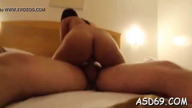Young pretty asian woman gives a ride plus a admirable handjob